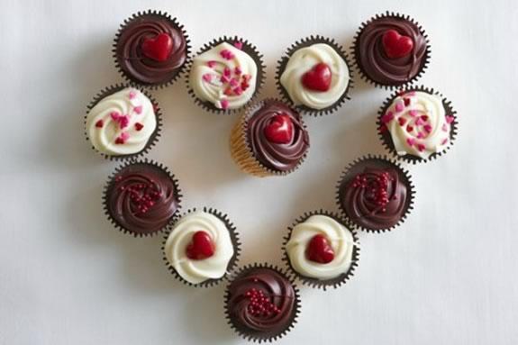Junior chefs will baking Valentine's Day Treat at this Williams-Sonoma workshop class!