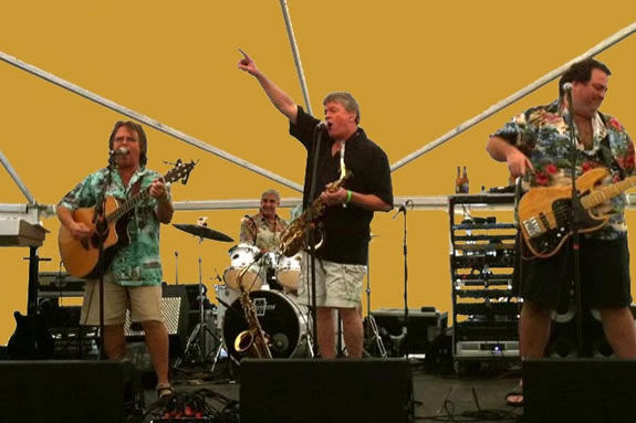 The BaHa Brothers bring beachy Jimmy Buffet music to Castle Hill on the Crane Es
