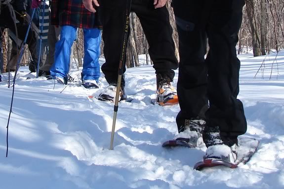 Rent Snowshoes for the whole family and hit the trails of Ravenswood Park in Glo