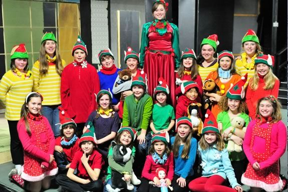 Gloucester Stage perform this wonderful seasonal show about Friends & Family.