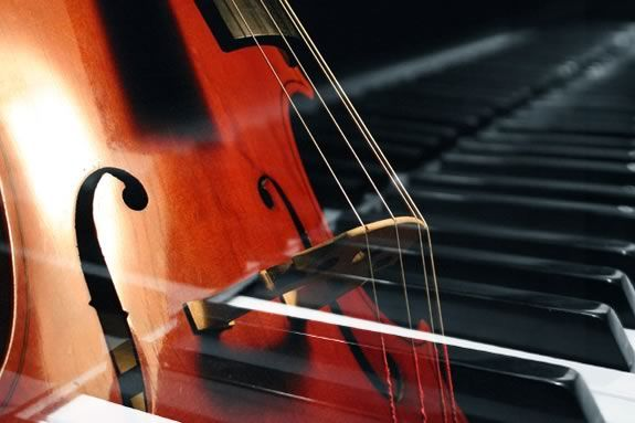 Come for a FREE concert of new compositions for the Cello and Piano in Rockport.