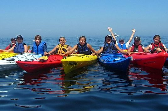 Discovery Adventures offers kayak shoreline adventure programs on Cape Ann.