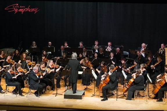 Cape Ann Symphony Holiday Pops Concert in Ipswich and Manchester Massachsusetts