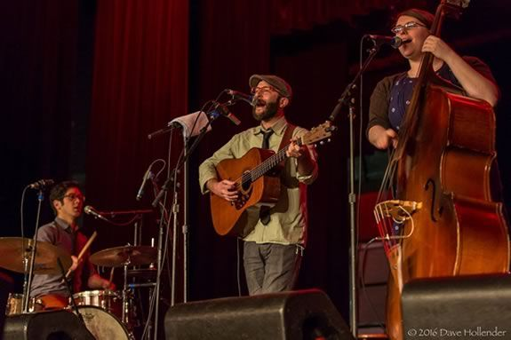 Cold Chocolate performs a free concert at the Rocgers Center for the arts in North Andover!