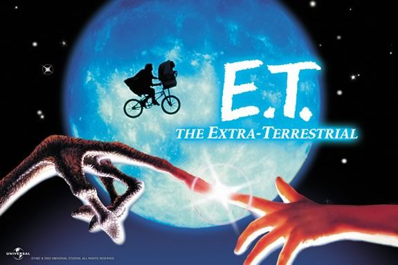 Come watch a FREE showing of E.T. on the waterfront in Gloucester MA