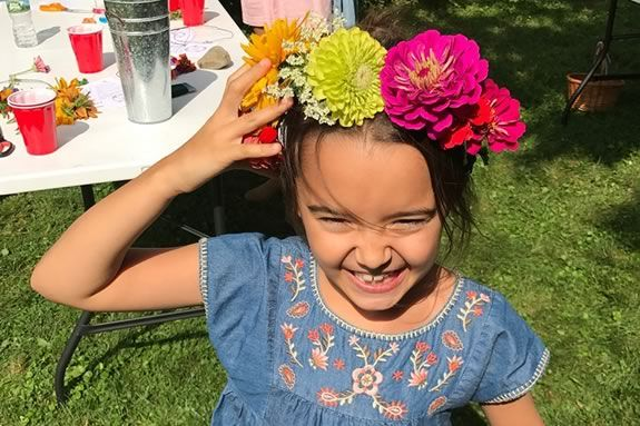 Come to the Stevens-Coolidge Estate to learn how to make flower crowns with flowers picked from the gardens!