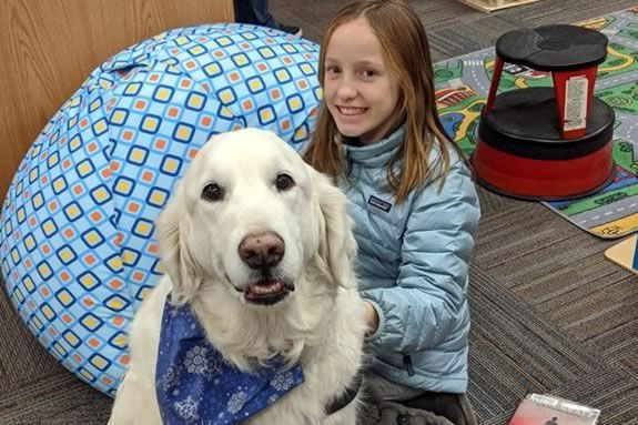The G.A.R. Memorial Library Massachusetts Library's reading therapy dog is looking for kids to read to him!