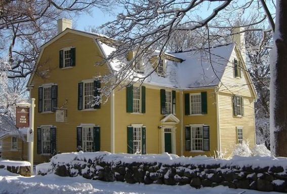 Historic Beverly Holiday House Tour in downtown Beverly Massachusetts
