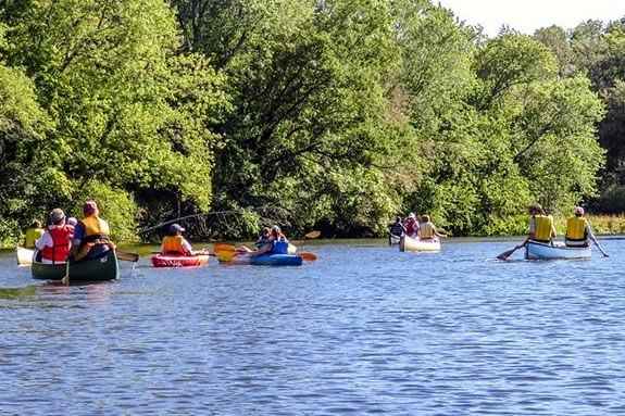 North Shore Nature Programs invites you to a free session of paddling along the Ipswich River!