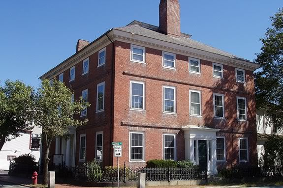 Historic Beverly hosts a community art show at the John Cabot House as part of Trails and Sails!