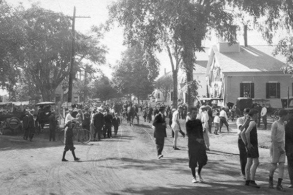 Lynnfield Historical Society, Lynnfield Tricentennial Celebration Day, Visit