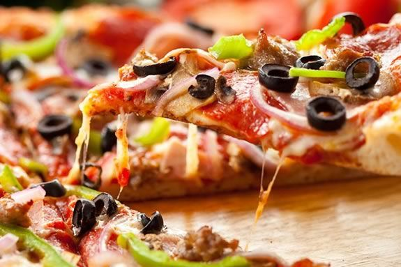 The annual pizza taste-off in Gloucester raises funds for the American Cancer Society