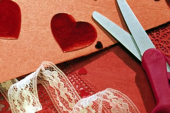 Make a Valentine Craft at NPL!