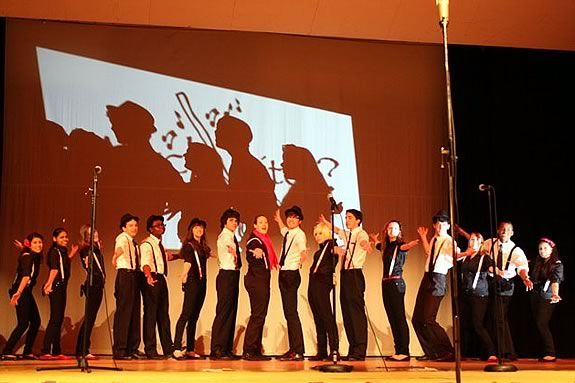 WitchPitch? is Salem High School's coed A Capella Group.