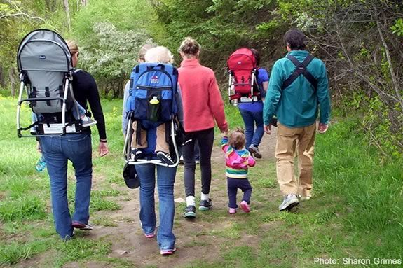 Backpack Babies is a program that encourages caregivers to explore the natural world with their babies and toddlers. Photo: Sharon Grimes