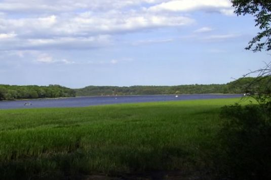 Hike the Riverbend Conservation Area with Essex County Greenbelt Association!