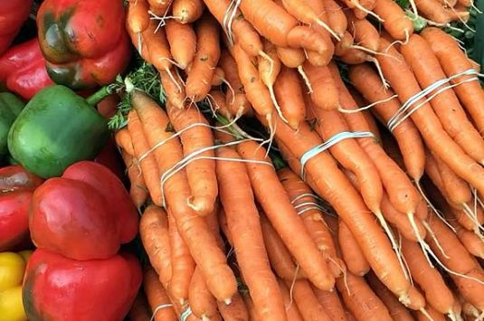 Find fresh local produce and other foods at the Marblehead Farmer's Market!