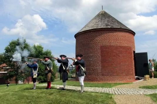 Tour the Newburyport Powder House and stick around for a demonstration by the Acton Minutemen  for Sails and Trails 2021