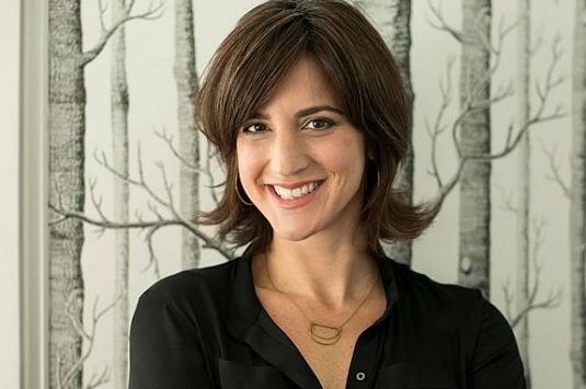 Rachel Simmons teaches girls and women skills to build their resilience, amplify their voices, and own their courage so that they—and their relationships—live with integrity and health.